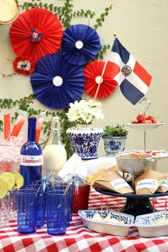 Mexican Birthday Parties, Birthday Party Themes, Birthday Decorations, Party Props, Diy Party, Dominican Independence Day, Havana Nights Party Theme, Independence Day Decoration, Costa Rica