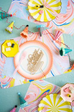 Things to make with wrapping paper: placemats
