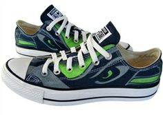 Hand painted chuck taylor converse canvas shoes footwear-add these to my christmas wish list (Kim too)!!!!