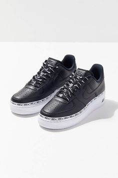 nike wmns air force 1 07 lux black yellow 898889 014 mood 2