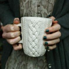 Cozy sweater mug | PORCELANA IMITA UMA TRAMA DE TRICÔ