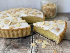 Slice of Bakewell Tart with a jar of toasted alomonds Almond Tart Recipe, Caramel Pie, Bakewell Tart, Pastry Shells, Mini Tart, Shortcrust Pastry, Easy Pie, Tart Recipes, Vanilla Flavoring