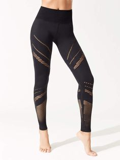 Alo Yoga High-Waist Seamless Radiance Legging Athletic Outfits, Athletic Wear, Athletic Clothes, Seamless Leggings, Gym Wear, Academia, Black Leggings, Fitness Fashion, Active Wear