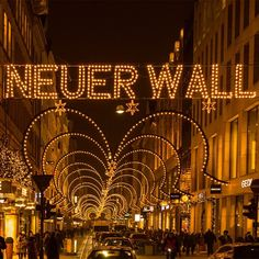 #neuer #wall #neuerwall #alster #jungfernstieg #hamburg #christmastime #time #christmas #xmas #photooftheday #holidays #christmas2014 #happy #merrychristmas #instagood #instawinter #merry