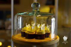 Lemon Mini CupCakes‥ Mini Cupcakes, Curiosity, Lemon, Jar, Sweets, Drinks, Drinking, Beverages, Gummi Candy