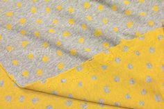 Gris et jaune réversible double knit  lune chats  par MissMatatabi