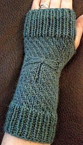 Ravelry: Magic Dragonfly Mitts pattern by Erica Charpentier