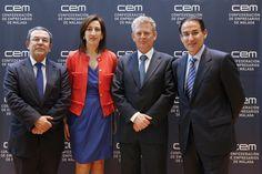 El Presidente de COACMALAGA, D. Liberio Pérez España (centro) junto al  Presidente de la Confederación de Empresarios de Málaga, D. Javier González de Lara (derecha), Dña. Natalia Sánchez y D. Vicente Almenara (izquierda), también de la CEM