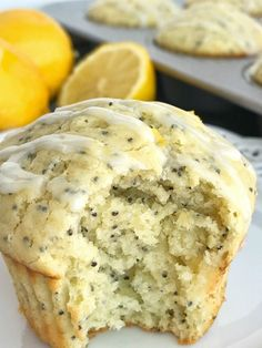 Coconut Lemon Poppyseed muffins with a lemon glaze. These muffins are filled with coconut oil, coconut extract, fresh lemon zest & fresh lemon juice! Coconut Muffins, Raspberry Muffins, Lemon Poppyseed Muffins, Healthy Muffins, Lemon Muffins, Cinnamon Banana Bread, Banana Bread Muffins, Lemon Coconut, Coconut Oil