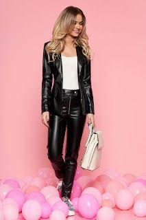compelu-dama-cu-pantalon-6 Leather Pants, Costume, Party Outfits, Casual, Outfit Ideas, Fashion, Pants, Leather Jogger Pants, Moda