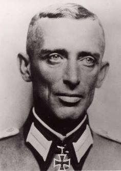 Obert Heinrich Kodre (08 August 1899 - 22 May 1977) Knights Cross 14 May 1941 as Major Führer I./InfRgt 123