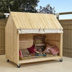 Kinderhaus Sylt Kinderspielhaus Gartenhaus Kinder Spielhaus Holzhaus Strandhaus - Casas para perros y gatos - Garden Little Houses On Wheels, House On Wheels, Cubby Houses, Play Houses, Wooden Houses, Kids Wooden House, Childrens Playhouse, Diy Casa, Pergola Plans
