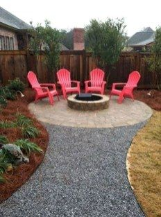 Cinder Block Fire Pit Design Ideas and Tips How to Build It - Fire Pit - Ideas of Fire Pit - 10 Easy and Cheap Fire Pit and Backyard Landscaping Ideas Diy Fire Pit, Fire Pit Backyard, Back Yard Fire Pit, Round Fire Pit, Backyard Chickens, Backyard Patio Designs, Backyard Landscaping, Fire Pit Landscaping Ideas, Florida Landscaping