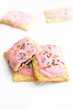 Strawberry Nutella Poptarts | theglitterguide.com