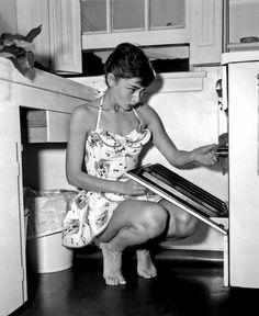 Audrey Hepburn #fashion #creative