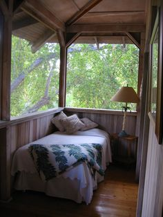 sleep porches | The 'Sleeping Porch' Home Addition: Cozying Up to the Outdoors ...