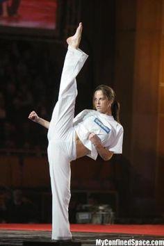 The Basics Of Judo – Martial Arts Techniques Female Martial Artists, Martial Arts Women, Mixed Martial Arts, Female Art, Aikido, Muay Thai, Kyokushin Karate, Chloe Bruce, Bruce Lee