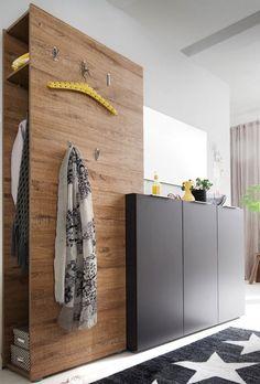 stylishe Flurgarderobe Vicenza | Mit dieser Garderobe im angesagten Farb- und Materialmix aus Eiche natur und anthrazitfarbenen Fronten liegst du voll im Trend. #modern #MoebelLETZ