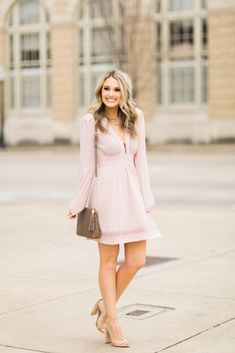40 Fabulous Pink Summer Outfits Ideas - fashionssories com Girly Outfits, Classy Outfits, Summer Outfits, Fashion Outfits, Women's Fashion, New Look Fashion, Spring Fashion, Casual Chique, 40 And Fabulous