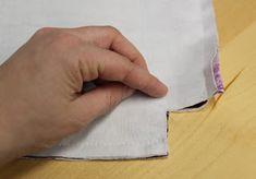 Kuvallinen ohje: Pussukka (3 eri kokoa) ⋆ Jujuna Plastic Cutting Board, Diy, Bags, Handbags, Bricolage, Do It Yourself, Homemade, Diys, Bag