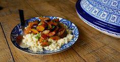 ¿Crees que el calabacín es el mayor sosainas de la huerta? Descubre esta forma de prepararlo sencilla, sabrosa y muy moruna e ingresa en la secta de los adoradores de la cucurbitácea verde. Veg Recipes, Low Carb Recipes, Real Food Recipes, Salad Recipes, Happy Foods, Batch Cooking, Bon Appetit, Vegan Vegetarian, Clean Eating
