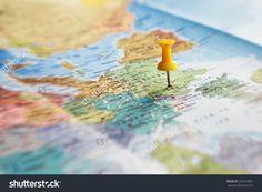 Travel Destination, Pin On The Map Стоковые фотографии 244374862 : Shutterstock