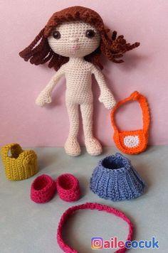 A directory of free Amigurumi crochet patterns Crochet Fairy, Crochet Doll Dress, Crochet Doll Clothes, Dress Up Dolls, Knitted Dolls, Cute Crochet, Crochet Dolls Free Patterns, Crochet Doll Pattern, Amigurumi Patterns