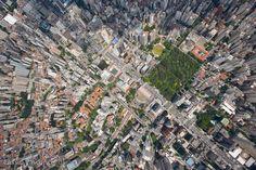 sobrevoo sobre a região da Av. Paulista, em São Paulo, Brasil, por Cássio Vasconcellos http://www.fotografiasaereas.com.br/secao/banco-de-imagens/sao-paulo/