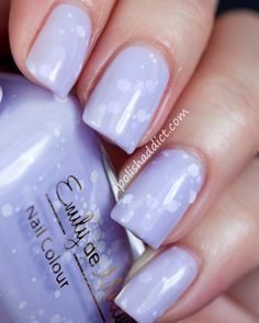 Emily de Molly - Simplicity, white matte glitter in a soft lilac crelly base. Get Nails, Love Nails, Hair And Nails, Fabulous Nails, Gorgeous Nails, Pretty Nails, Purple Nail Designs, Cool Nail Designs, Nails 2015