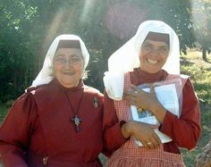 nuns in red habits known as Nicaraguan nuns