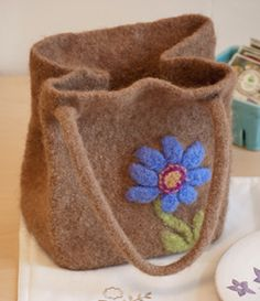 Free Knitting Pattern for Felted Lunch Bag