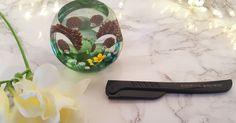 Review of the Hollywood Browzer hair removal tool.