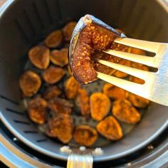 Air Fryer Roasted Figs Fig Recipes, Great Recipes, Cooking Recipes, Dried Figs, Fresh Figs, Homemade Fig Jam, Roasted Figs, Baked Apples, Savoury Dishes
