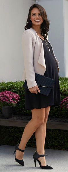 The chic expecting mother going to work