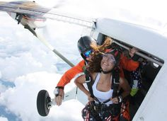 #fearless  #tbt to that time I backflipped out of a plane. A moment when I had to let go of everything take a leap and #trust that my parachute would open and return me to the #earth unharmed. A moment overflowing with pure #bliss  #love  and #peace that there was no room for fear. A moment when I #free.  But the funny thing is Im always free. I ALWAYS have a choice to live a life full of peace or a life full of fear. If I can stand in the open doorway of a #plane with no fear what makes it…