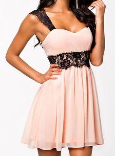 Vestido plisado sin espalda con tirante de encaje-rosado 13.18