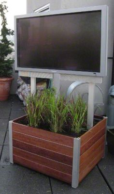 DeepStream Designs movable wood garden planters on casters