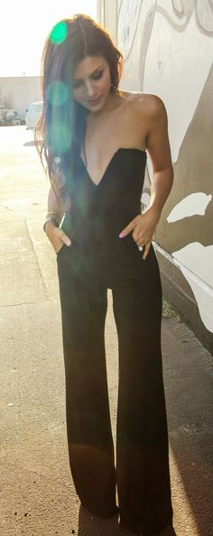 Jumpsuit.. Need to find this. Soo cute !! @melissaswack we need to keep our eyes peeled for this!!