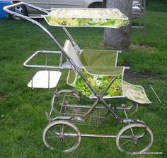 Vintage Hedstrom Baby Stroller w/ rumble seat. Love the print.