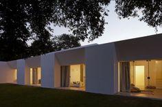 Migliari Guimarães House – Brasília, Brazil by DOMO Architects