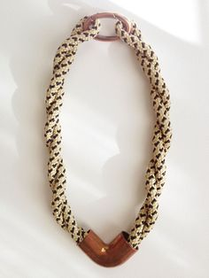 VISTA - Double Strand Corner Necklace