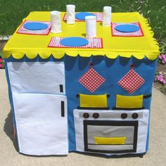 Garden to Table Card Table Playhouse by missprettypretty on Etsy.