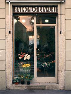 FIORAIO BIANCHI CAFFE, Milano