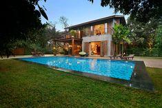 บ้านสองชั้นบรรยากาศธรรมชาติ