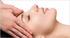 Nechte se hýčkat - indická masáž hlavy vám dá zapomenout na všechny problémy světa.