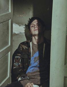 Evan Peters, tan lindo <3                                                                                                                                                                                 More