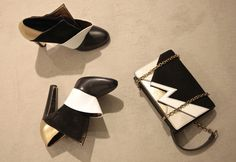 #Vionnet shoes and small clutch. black white and gold. www.wunderl.com Heeled Mules, Fall Winter, Wedges, Black And White, Heels, Gold, Bags, Fashion, Heel