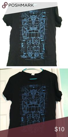 Voltron Graphic Tee NWOT - ordered online and runs very small. It's a XXXL but more like a large. Maybe it's junior sized? It's a ladies cut. Cute and nerdy. Tops Tees - Short Sleeve