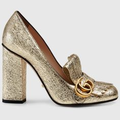 Your work wardrobe just got infinitely chicer thanks to these gold @Gucci pumps #GucciCruise16 #spotlight