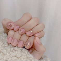 Exquisite girls not only have to wear new clothes, but also beautiful nails, so many beautiful and popular nail pictures, always have their favorite Stylish Nails, Trendy Nails, Cute Nails, Nail Pictures, Oval Nails, Minimalist Nails, Nail Swag, Gorgeous Nails, Nail Manicure